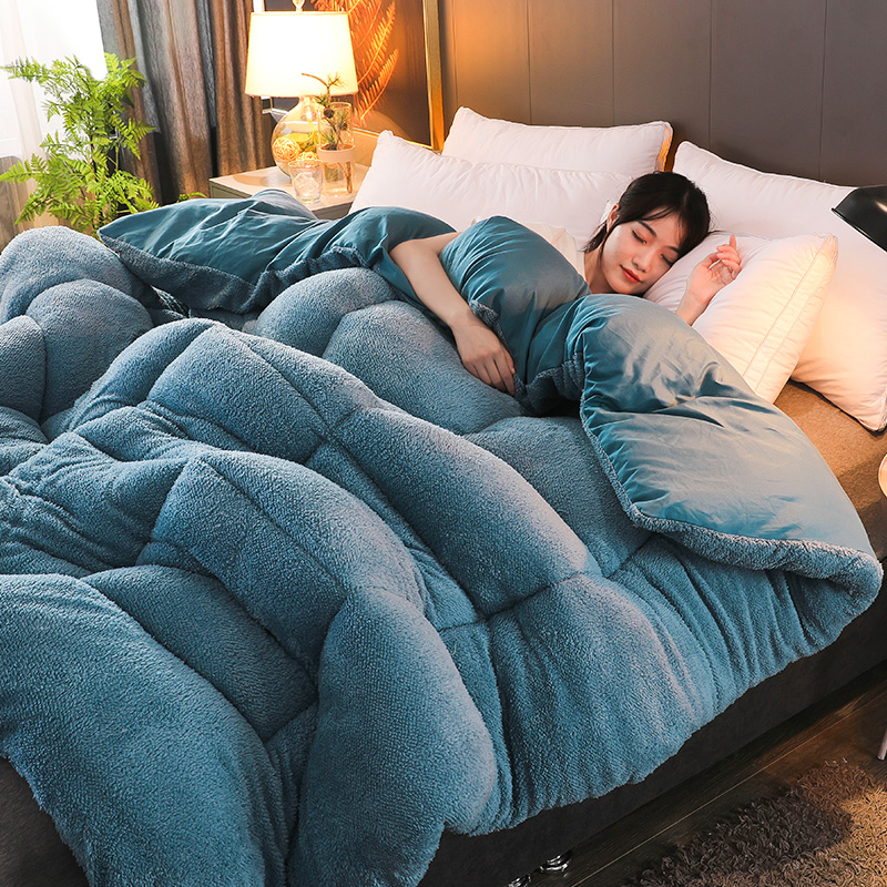 High Quality Thicken Warm Quilt Warm Camel Comforter Multily color Choose Winter Patchwork Duvet Lamb Wool Quilt Blanket CF|Comforters & Duvets| |  - title=