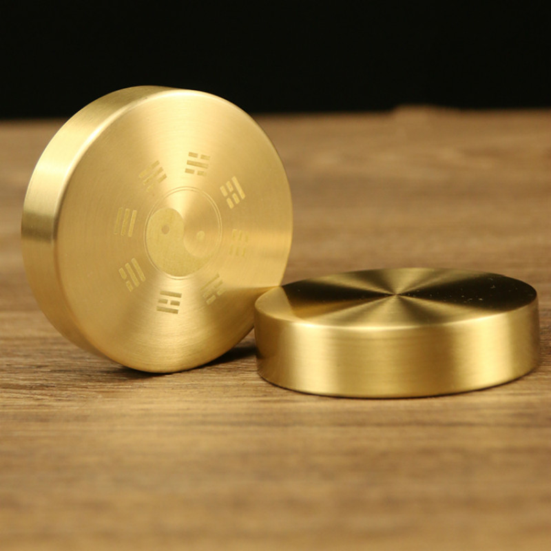 Portable Chinese Gossip Brass Paper Weight Round Paperweight Metal Chinese Brush Pen Painting Paper Weight Metal Decoration