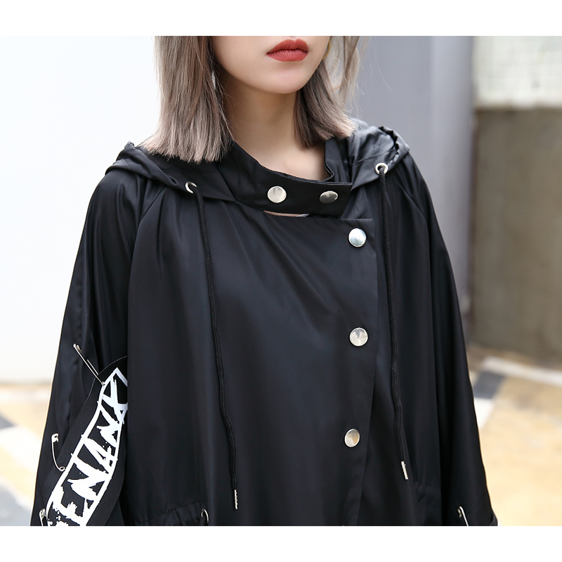 Image 3 - XITAO Spliced Plus Size Black Trench For Women Tide Long Print  Streetwear Hoodie Casual Female Wide Waisted Coat 2019 ZLL1100Trench