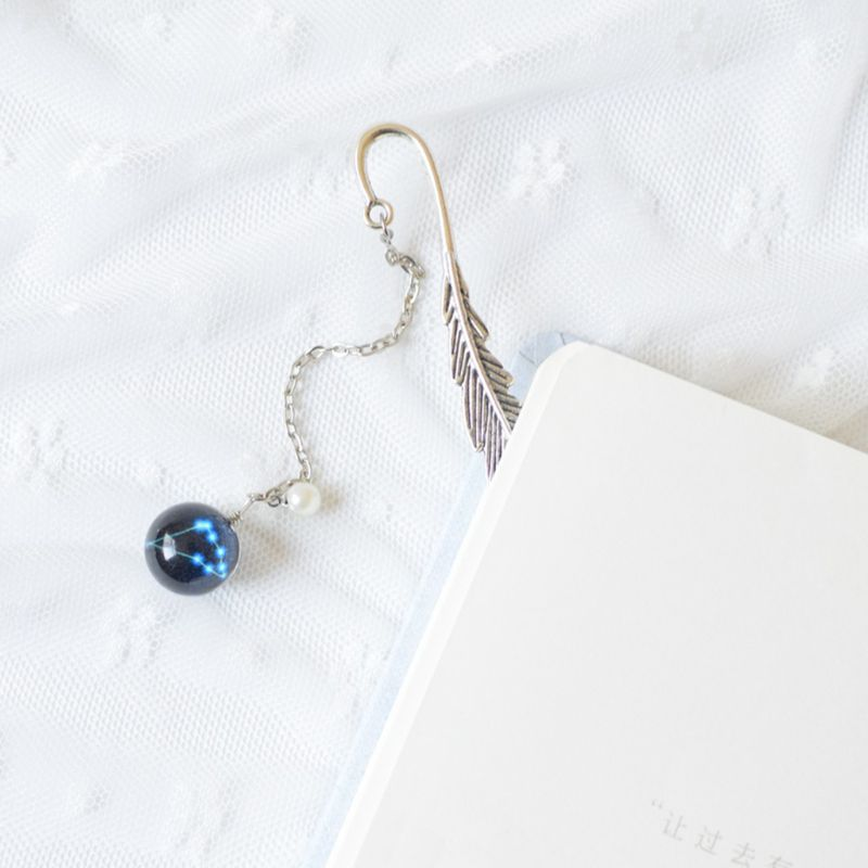 Creative Noctilucent 12 Constellation Bookmark Pendant Metal Book Marker Stationery School Office Supplies