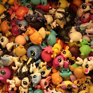 Image 3 - Buy 5 Pcs Get 2 Gifts 4 5 CM Loose Old Cat Pet Shop Toys  Puppy Figure Mini Toy Figures Classic Little Pet Toys