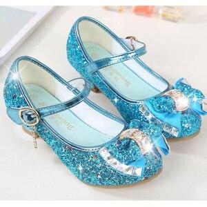 Image 2 - Księżniczka dzieci skórzane buty dla dziewczynek kwiat dorywczo brokat dzieci szpilki dziewczęce buty motylkowy węzeł niebieski różowy srebrny