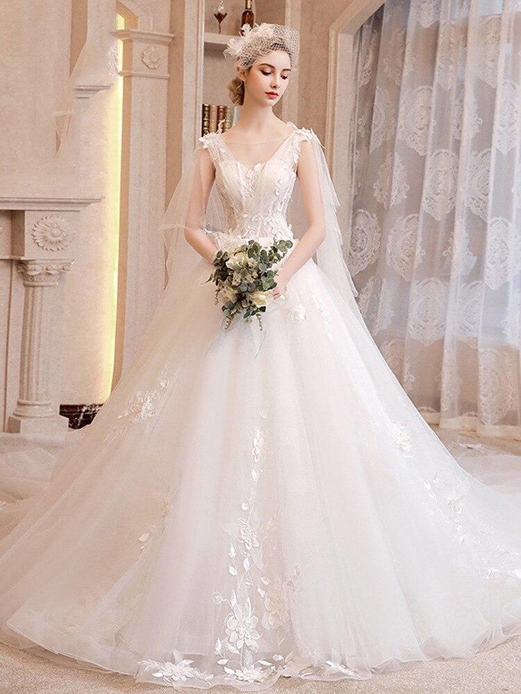 Shaking Internet Celebrity Wedding Dress 2019 Network Red  Bride Dress French Style Thin Luxury Tail Chapel Train Bridal Dress