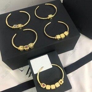 Image 5 - DIY bransoletka modna unikatowa żółta złota cyrkonia pierwsza litera cyfra Symbol kostka otwarta bransoletka mankietowa dla kobiet