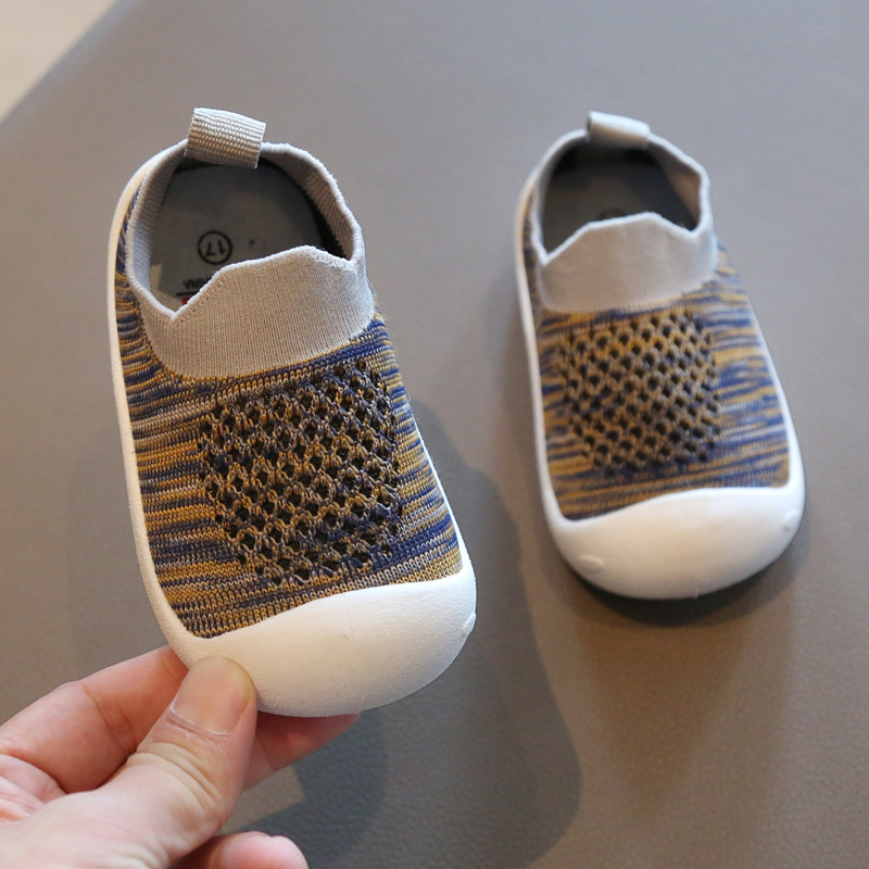 Fashion Lovely hot sales baby casual shoes Solid Slip on baby sneakers Cool simple fashion infant tennis baby first walkers