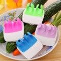 2020 neue 1 Kreative Finger Gehalten Palm Peeler Einfach Halten Küche Gadgets Gemüse Obst Slicer Peeler Durable Küche Zubehör