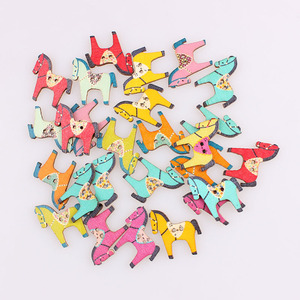 Multicolor Horse 2Hole Mixed Buttons Wooden Christmas DIY Decor Child Clothes Sewing Buttons Crafts Scrapbooking Decorativos E