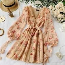 Женское платье с цветочным принтом и v образным вырезом облегающее
