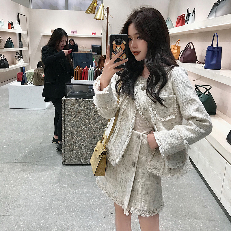 A White Tweed for Fall 2019 Single Breasted O-Neck Full Pockets Fashion Women Jackets Coat