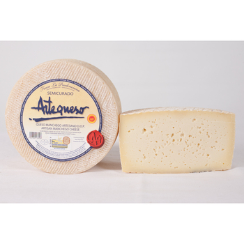 Cheese Manchego semi-cured D.O.P. -Artecheese-piece 1 kg