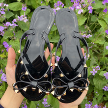 2020 Woman Flip Flops Summer Shoes Slippers Cool Beach Rivets big bow flat sandals Brand jelly shoes sandals girls Big size 42 2020 woman flip flops summer shoes slippers cool beach rivets big bow flat sandals brand jelly shoes sandals girls big size 42