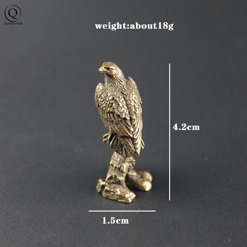 Luckly Animal Eagle Figurines Vintage Brass Keychain Pendant Jewelry Handmade Metal Car Key Chain Ring Backpack Hangings Gifts