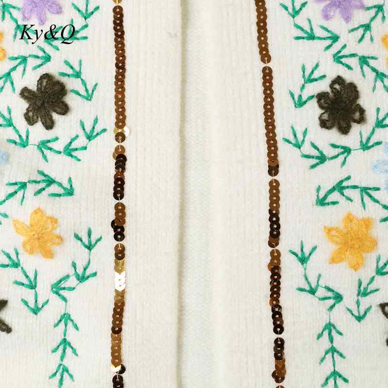 Pista di alta Qualità 2019 di Inverno Delle Donne A Mano Del Fiore Del Ricamo a maniche lunghe Allentato Bianco Cardigan In Maglia Cappotto Magliette e camicette Che Borda il Maglione