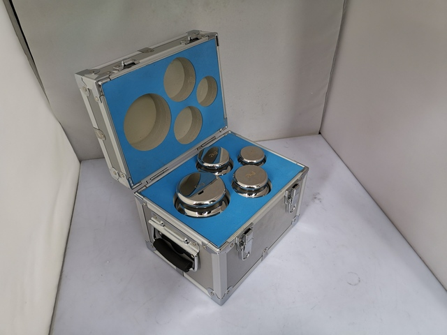 F1 grau 4 pces 1kg 5kg 304 de aço inoxidável balança digital calibração pesos kit conjunto w certificado, precisão embalado