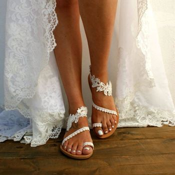 White Sandals Summer Women Flip Flops Flower Bohemian Sandals Beach Flat With Shoes Rome Style Female Sandals Sandalia sexy flat rhinestone sandals snake style design flip women s sandals crystal decoration lady cute party silver shoes for dress