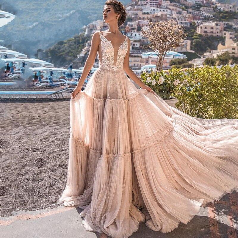 Eightree Romantic V-neck Wedding Dress Boho Appliques A-Line Bridal Dress Turkey Vestido De Noiva Tired Wedding Gowns Backless