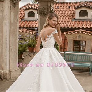 Image 4 - 2020 New Special Princess Ball Gown Wedding Dresses Plus Size Mariage Sparkly Beading Crystal Waist Appliques Short Sleeve Dress