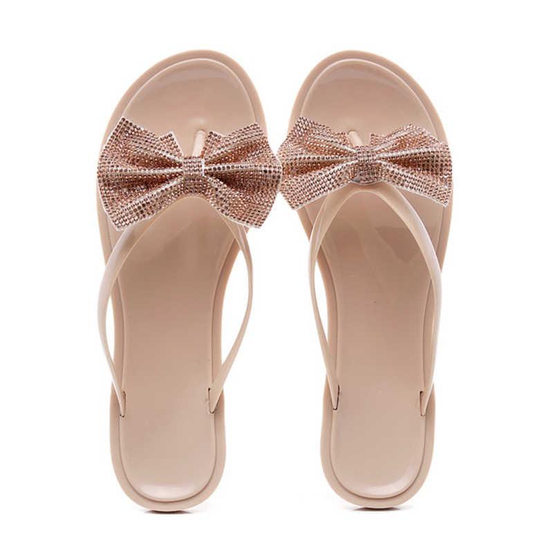 כפכפים שקופים נשי פרות חמודים Flip צונח קיץ נשים יומיומיות חוף שקופיות אופנת ג'לי נעליים להחליק על נוחות נעל