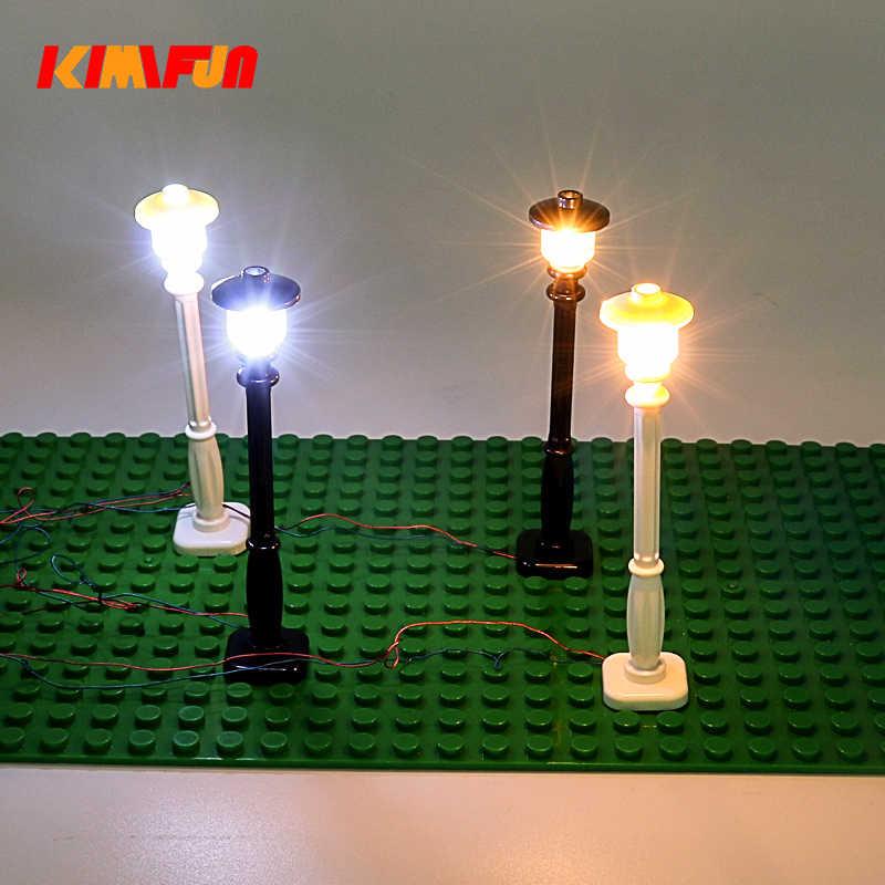 حركة المرور ضوء الشارع مدينة اللبنات الطوب منفذ USB و مجموعة إضاءة LED USB محور ضوء الاستشعار السيارات التبديل ل ليغو