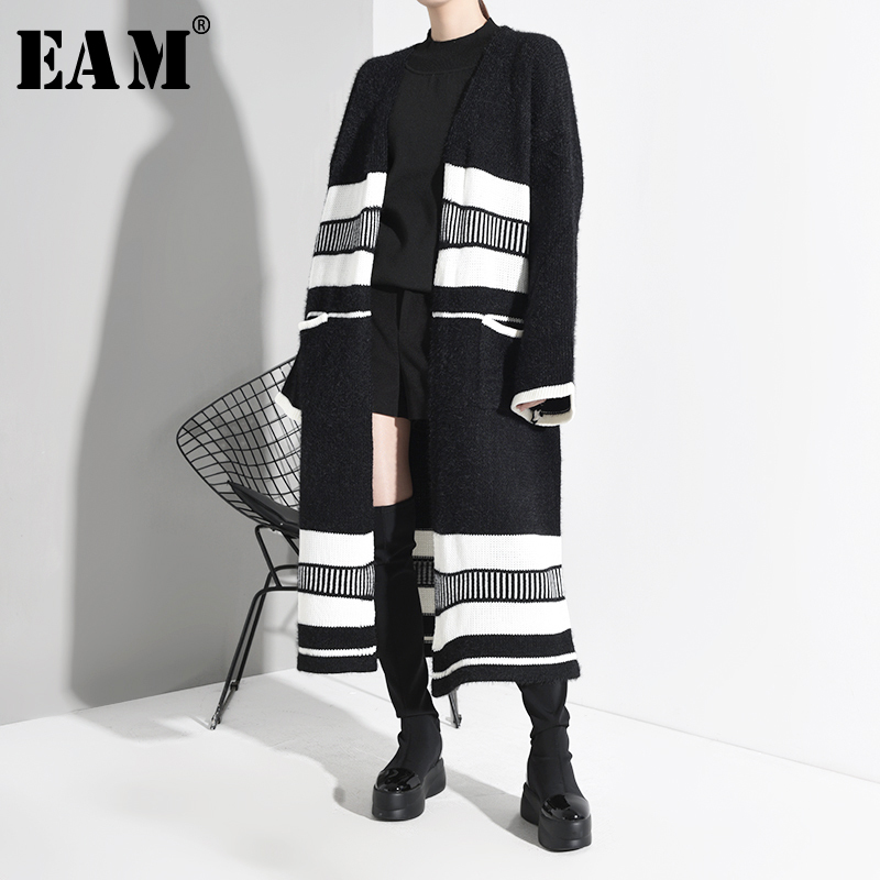 [EAM] Striped Big Size Long Knitting Cardigan Sweater Loose Fit V-Neck Long Sleeve Women New Fashion Tide Spring 2020 JY00701