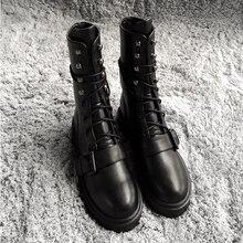 Зимняя обувь с пряжкой; женские мотоциклетные ботинки; женские черные кожаные ботинки; Botas Mujer; chaussures femme; обувь на плоской подошве с заклепками
