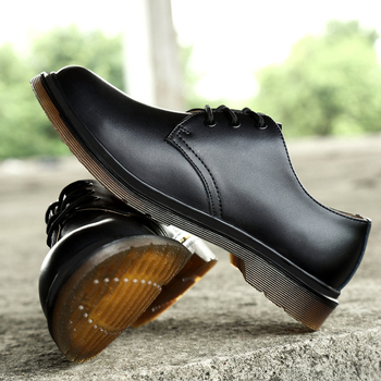 New 3-Eye Shoe Men Boots Man Shoes Doc Business Leather Ankle Boot Fashion Male Wedding Waterproof Casual Men Boots Martins 2020