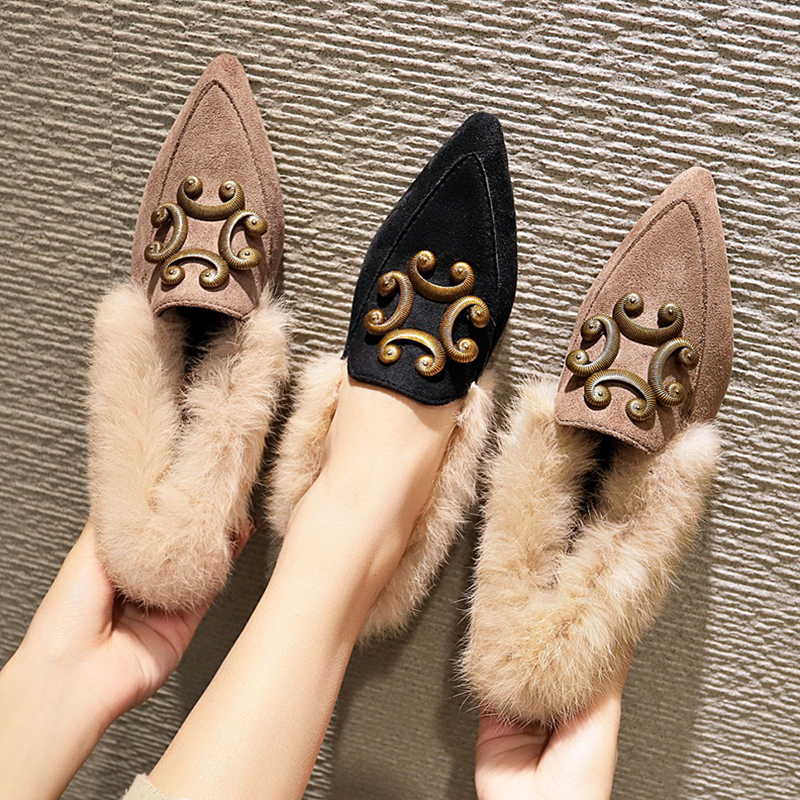 Mao Mao shoes women 2018 new autumn net red student fairy Doudou shoes Korean version of Joker low heel pointed boots 77