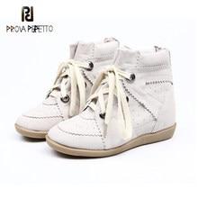2020 nova moda de baixo-topo respirável couro estilo coreano sapatos na moda dedo do pé redondo cor combinando dedo do pé redondo rendas-up tênis casuais