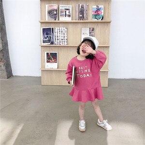 Image 1 - Весеннее Новое поступление, универсальное свободное хлопковое платье в Корейском стиле с длинными рукавами и буквенным принтом для милых маленьких девочек
