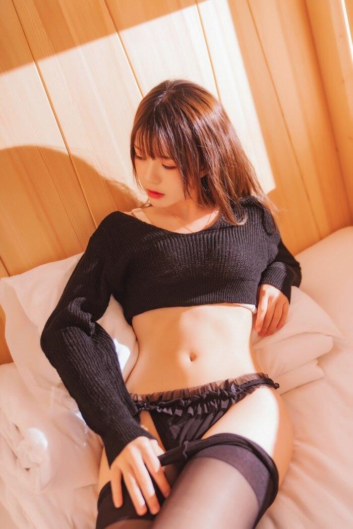 ★微博红人★桜桃喵-动漫cos小黑 [32P/518MB]插图2
