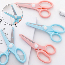 Creative Children's Safe Hand Scissors. Children's Paper-cut DIY Anti Pinch Small Scissors For Kindergarten Children microscopic instruments 14 cm micro scissors inner barrier cut quality scissors hand surgery membranous envelo