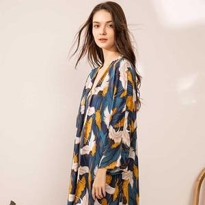 Image 3 - 2020 SPRING & FALL New Ladies Pajamas Set Comfort Loose Large Size Femme Sleepwear Crane Printed Elegant Women 3Pcs Homewear