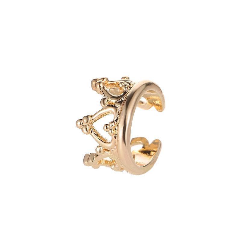 05 gold earrings