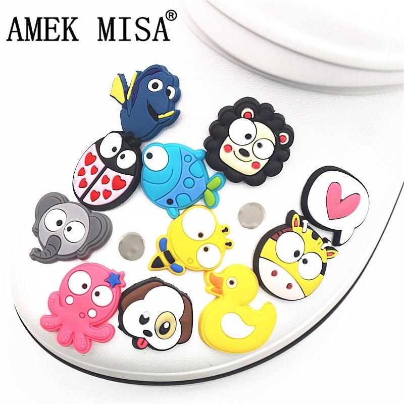 Single Sale 1pcs Cute Duck/ladybug/monkey/bee/giraffe PVC Shoe Charms Decoration Shoe Accessories For Croc Jibz Kids Party X-mas