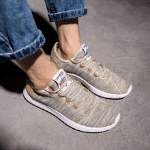 Men Sneakers Lightweight Breathable Casual Shoes Couple Foot