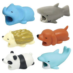 Bites-Protector Buddies iPhone Phone-Holder-Accessory Animal-Cable 1pcs for Protege Cartoon