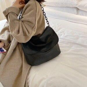 Image 3 - Bolsa feminina de couro sintético, corrente de ombro cor sólida, preta, de viagem, para mulheres, simples, elegante, 2019