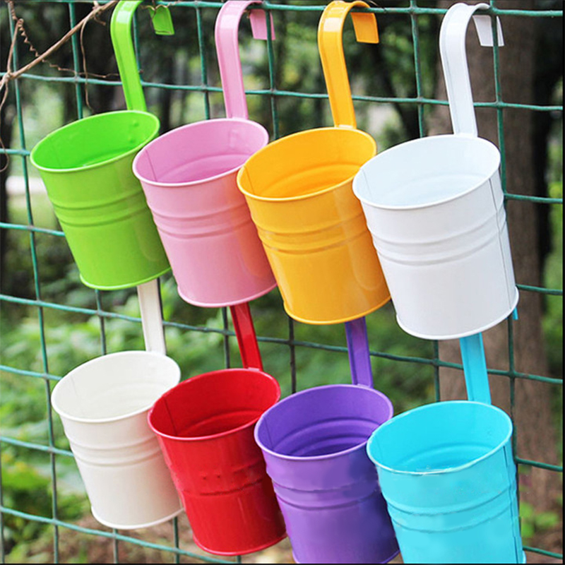 Metal Hanging Flower Pot with Removable Hook Candy Color Garden Planter Bucket For Balcony Flower Basket Home Decor Plants Pot