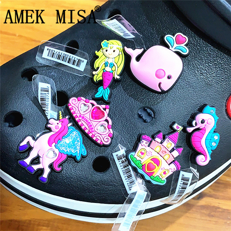 Single Sale High Quality Shoe Decoration Whale/Mermaid/Seahorse/Castle/Crown PVC Garden Shoe Accessory Charms Fit Wristband Croc