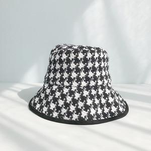 Image 3 - USPOP אביב סתיו כובעי נשים שחור לבן משובץ כובעי נקבה טוויד משובץ דלי כובעים