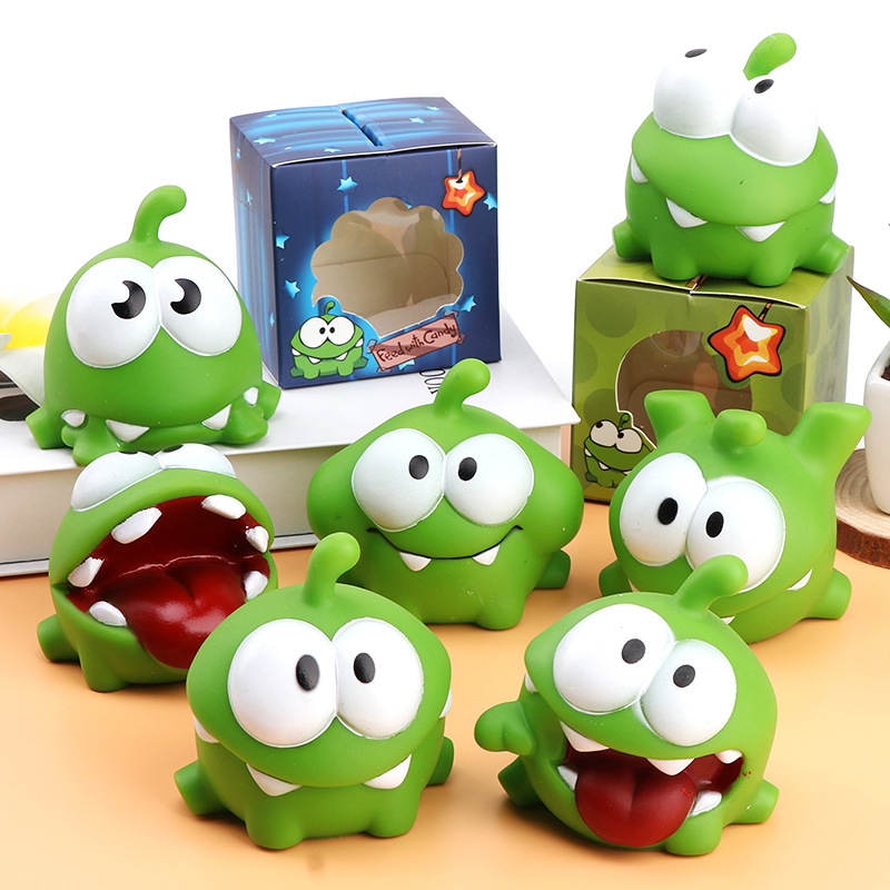 1Pcs Cut The Rope Green Frog OM NOM Candy Gulping Monster  With Baby BB Noise Action Figure Toys For Kids Color Randomly