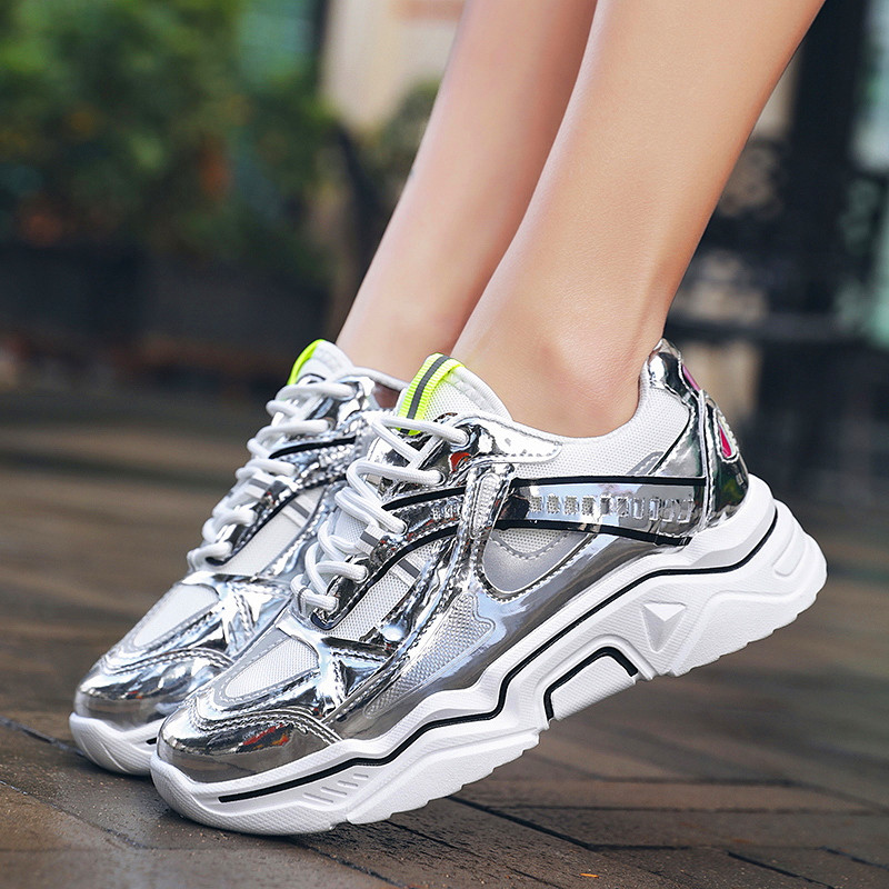 Fashion Ladies Casual Shoes Canvas Shoes Soft Women Sneakers Four seasons Korean version of the light anti-sports women's shoes