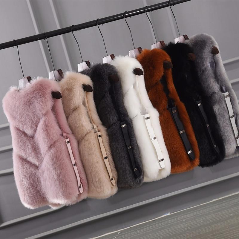 Fashion v-neck short Faux fur vest 2019 new arrival thick warm winter jacket women Wholesale price