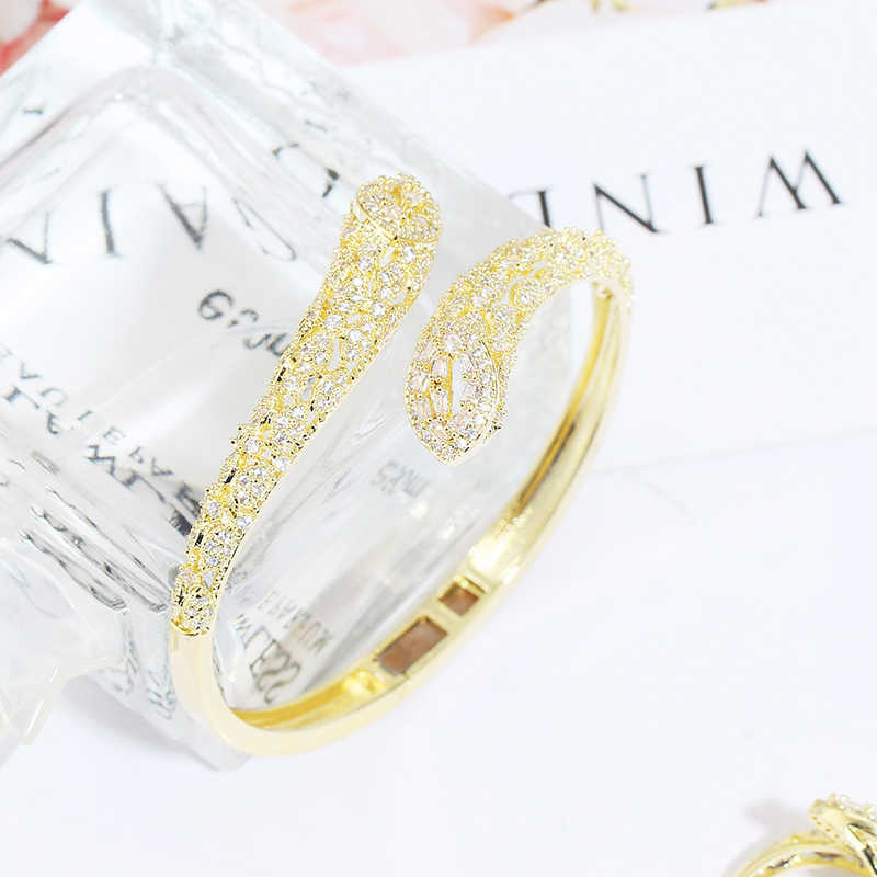Bracelets en or de luxe mode serpent forme bracelets anneaux pour Dubai femmes zircon bijoux très fille à la mode nouveau Design