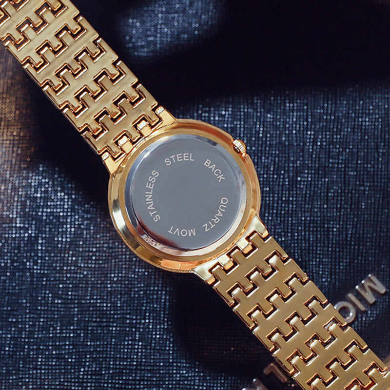 G & D 2019 יוקרה מותג נשים שעונים Rhinestones גבירותיי צמיד שעון אופנה נשים קוורץ שעוני יד שעון relogio feminino