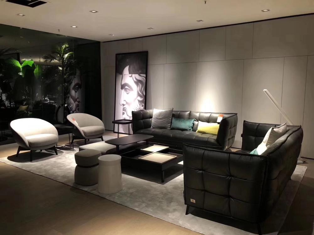 US $1500.0 |2020 customized Leather fabric sofa Italy China Supplier Custom  Leather Luxury Round Restaurant Sofa,Hotel Lobby Round Sofa,Hotel Sofa-in  ...