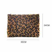 Leopard pattern fur wallet Large capacity men's and women's wallets High quality wallets Cards Large wallets Underarm wallets