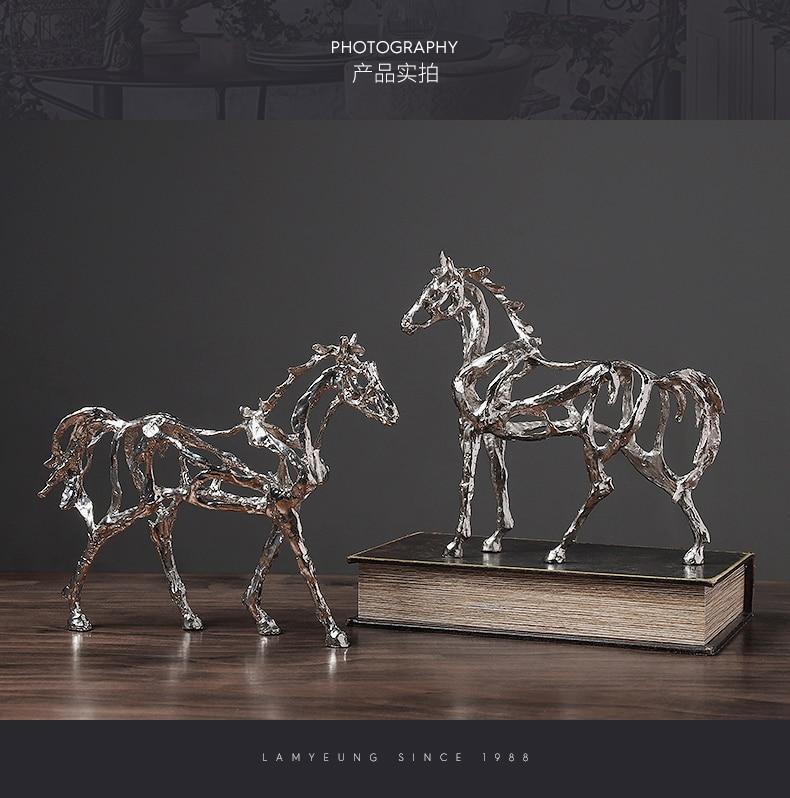 Criativo moderno escultura oco cavalo forma decoração