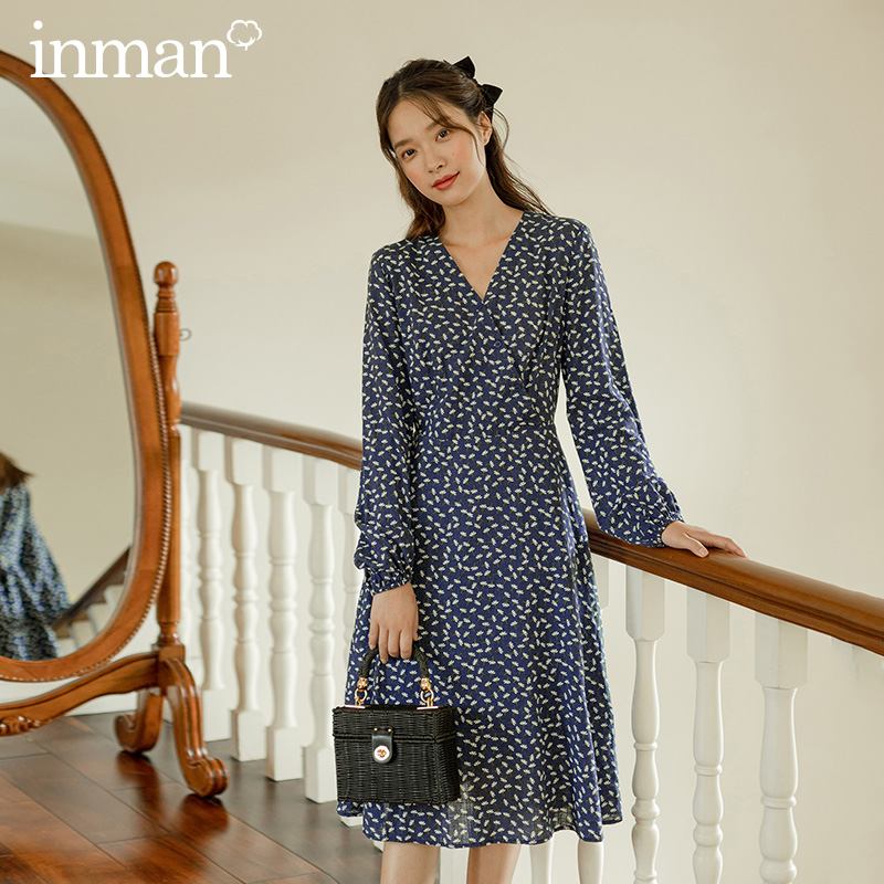 INMAN 2020 Autumn New Arrival Literary Retro V-neck Long Sleeves Shivering Navy Blue Dress