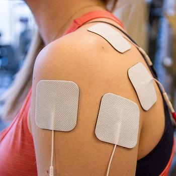10 sztuk elektrody Tens elektrody Patch wymiana elektrody Patch elektrody maszyna do terapii masażer masażer wyszczuplający Patch tanie i dobre opinie CN (pochodzenie) 1-20 Pieces Ciało Bagged